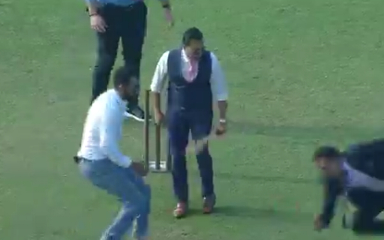WATCH: Aakash Chopra Fails To Defence The Ball At Gully Cricket Format