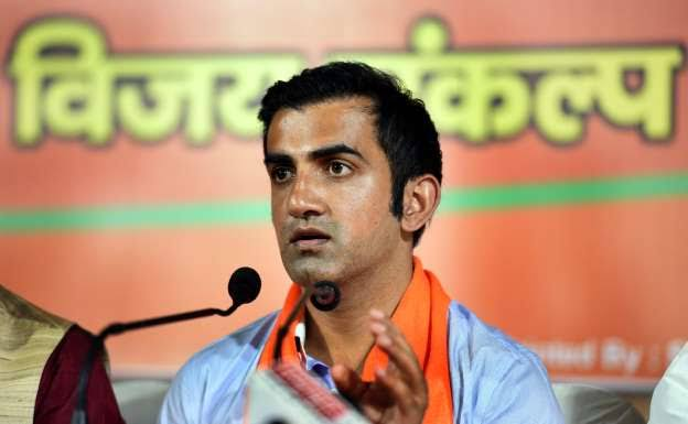 Fans Criticised Gautam Gambhir For Politicising Delhi's Pollution Issue