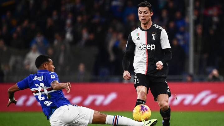 "Watch: Cristiano Ronaldo's ""NBA header"" sends Juventus to top in Serie A"