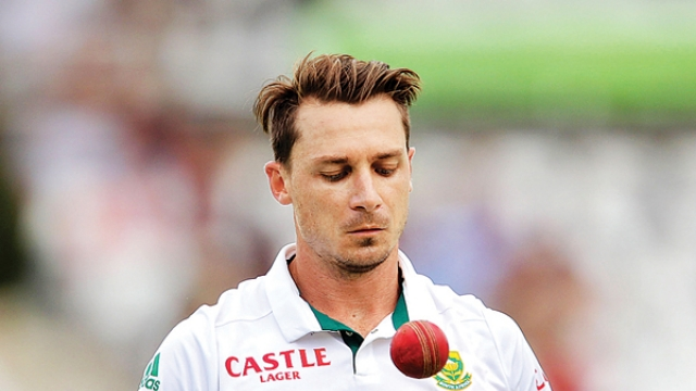 Dale Steyn Shuts Down An Indian Fan For Mocking South Africa Win: On Sunday, South Africa defeated England in the first match of the ongoing four matches Test series with a huge margin of 207 runs.