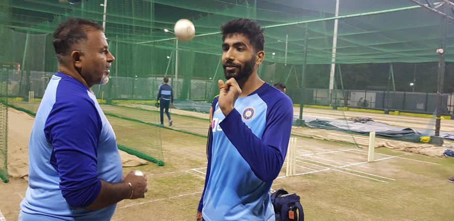 Jasprit Bumrah breaks stumps