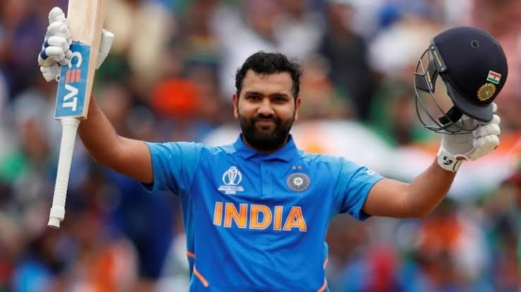 Rohit Sharma smash 27 runs off Hamish Bennett over in the third match of the New Zealand vs India T20 series 2020.