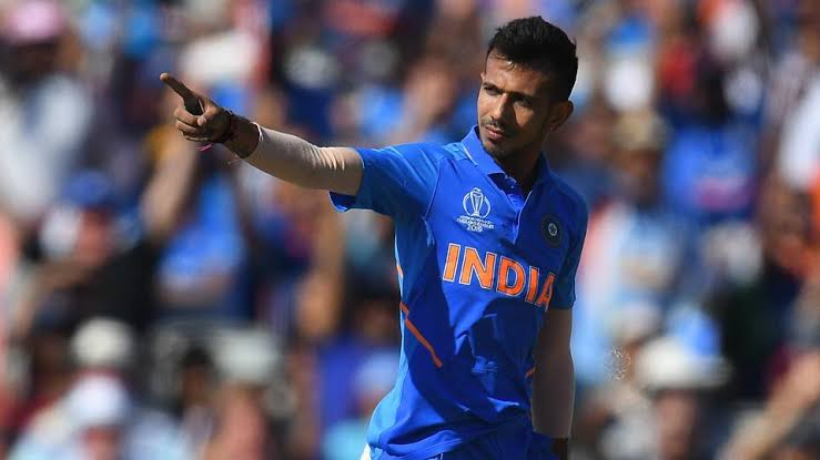 Indian spinner Yuzi Chahal, on Tuesday, hilariously trolled Virat Kohli and KL Rahul for their uppercut shot.