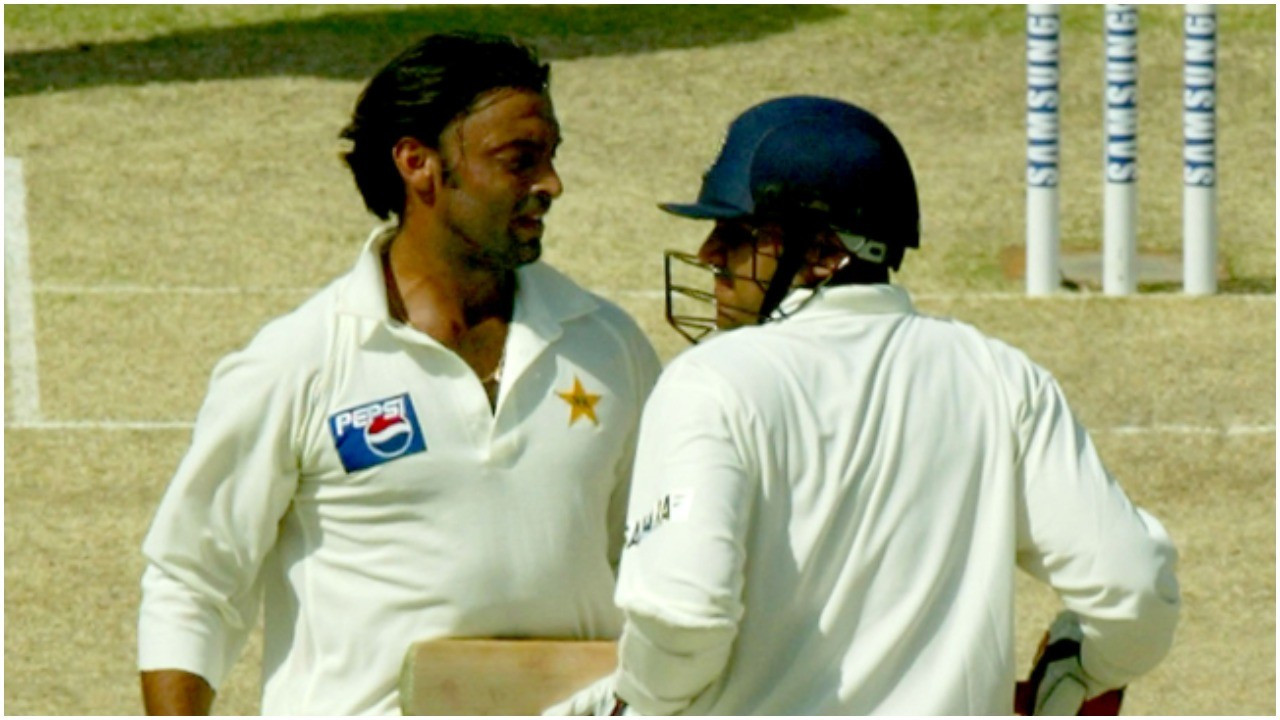 Shoaib Akhtar and Virender Sehwag (Pic - Twitter)