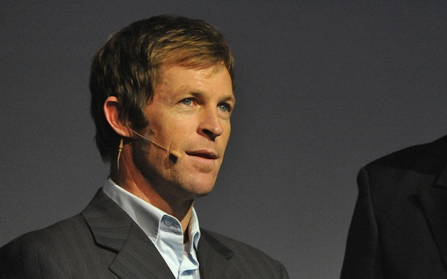 The former South African cricketer Jonty Rhodes is widely regarded as the best fielder to have ever graced the game.