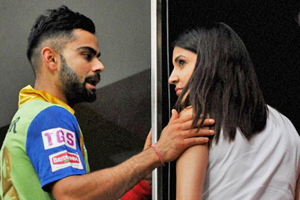 Anushka Sharma writes an angry post reacting to comment by Sunil Gavaskar on Virat's game