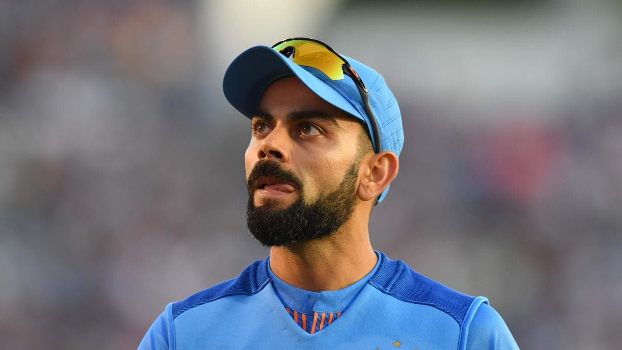 Video: Virat Kohli makes an on-field error and Delhi Capitals sees the funny side of it