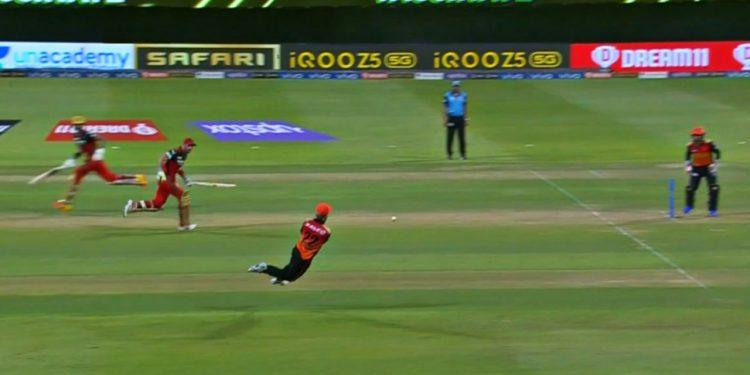 Kane Williamson hits a bullseye (Pic Credit - Disney+Hotstar/IPLT20)